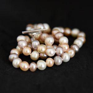 bijoux lyon, bijoutier lyon, bijoux fantaisie lyon, createur bijoux lyon, perles lyon,boutique bijoux fantaisie lyonc