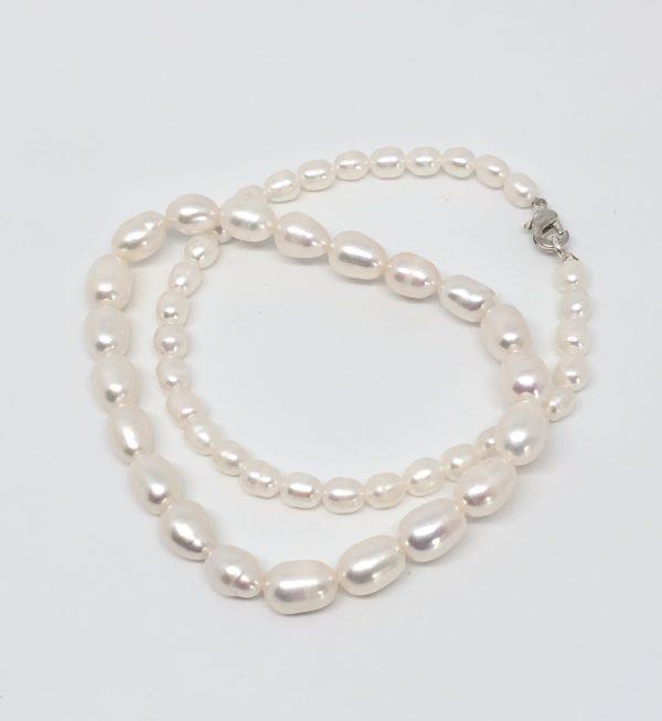 bijoux LYON, bijoutier lyon, bijoux fantaisie lyon, createur bijoux lyon, perles LYON, boutique bijoux fantaisie lyonbijoux LYON, bijoutier lyon, bijoux fantaisie lyon, createur bijoux lyon, perles LYON, boutique bijoux fantaisie lyon
